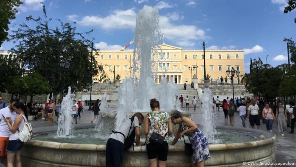 Deutsche Welle: Ξεπέρασε την οικονομική κρίση η Ελλάδα;